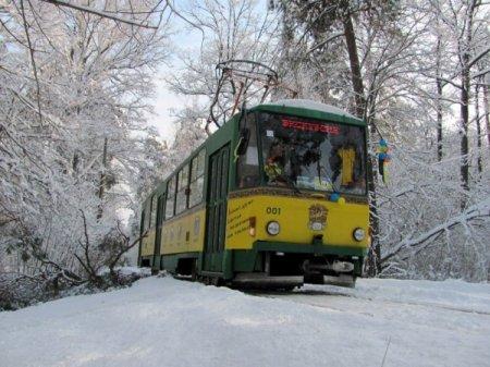 Ко Дню освобождения Кривого Рога в городе проведут трамвайные и троллейбусные экскурсии .